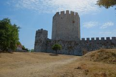 Platamon-Schloss in Griechenland stockfotos