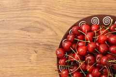 A plate of cherries Royalty Free Stock Photos