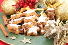 A plate of Christmas cinnamon cookies Royalty Free Stock Photos
