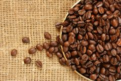 Plate of coffee beans Royalty Free Stock Photography
