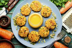 Vegetarian carrot and lentil cutlets