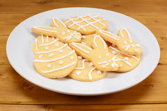 Plate of Easter cookies - eggs and bunnies Royalty Free Stock Photography