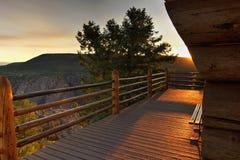 Plate-forme au canyon noir Image libre de droits