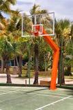 Plate-forme de basket-ball dans la station de vacances Photographie stock libre de droits