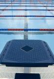 Plate-forme de concurrence de plongée photos stock