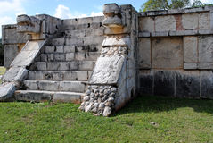 Plate-forme de l'Eagles et des jaguars, Chichen Itza Images libres de droits