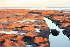 Plate-forme de roche d'océan Photographie stock libre de droits