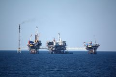 Plate-forme pétrolière Photo stock
