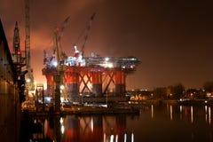 Plate-forme pétrolière Images libres de droits