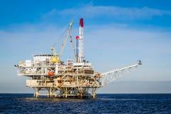 Plate-forme pétrolière Photographie stock libre de droits