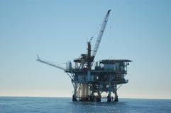 Plate-forme pétrolière dans le Pacifique Images libres de droits