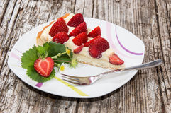 Plate with fresh Strawberry Pie Royalty Free Stock Photos