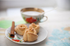 Plate of short bread cookies with pecans Royalty Free Stock Photos