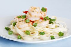 Plate of shrimp and noodles Royalty Free Stock Photography