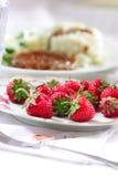 plate strawberries Στοκ φωτογραφία με δικαίωμα ελεύθερης χρήσης