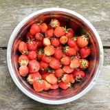 Plate with strawberries Royalty Free Stock Photography