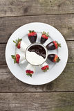 Plate of strawberries Royalty Free Stock Images