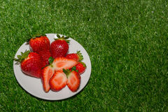 Plate of strawberries Royalty Free Stock Photos