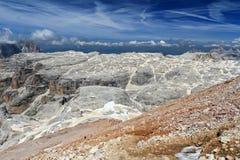 Plateau de Dolomiti - de Mesules dans le bâti de Sella Image libre de droits