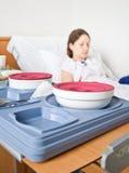 Plateau de nourriture d'hôpital photographie stock