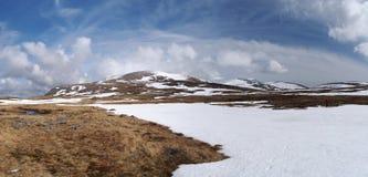 Plateau di Cairngorms a sud di Breariach, Scozia in primavera Fotografia Stock