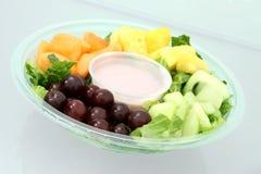Plateau et yaourt de fruit Images libres de droits