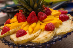 Plateau mélangé de fruit Photographie stock