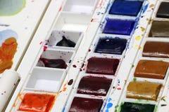 Plateau pour aquarelle de peinture Photographie stock