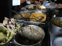 Plateaux chauds de nourriture kenyane fraîche photo libre de droits
