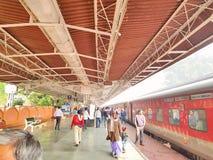 Platefarm della stazione ferroviaria di Guwahati immagini stock libere da diritti