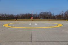 Plateforme d'atterrissage d'hélicoptère images libres de droits