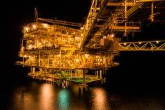 Plateforme pétrolière image libre de droits
