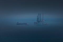 Plateforme pétrolière photo libre de droits