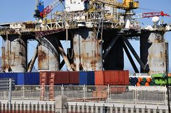 Plateforme pétrolière en panne photos libres de droits