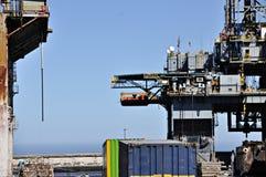 Plateforme pétrolière en panne images libres de droits
