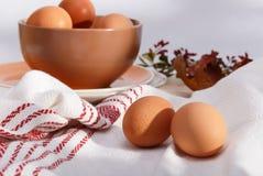 Platen met eieren Stock Afbeelding
