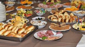 Platen met voedsel Stock Fotografie