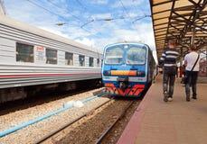 Plates-formes dans le terminal de rail de Moskovsky dans Nijni-Novgorod Photos stock