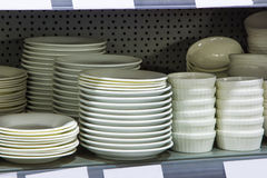 Plates in the store Royalty Free Stock Photos