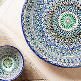 Plates with traditional uzbekistan ornament Stock Photography