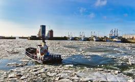 platforma wiertnicza wiertniczy na morzu takielunek fotografia royalty free