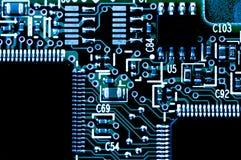 Platin elettrico con le componenti elettriche Fotografie Stock Libere da Diritti