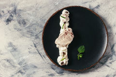Plating dessert meringue Royalty Free Stock Photography