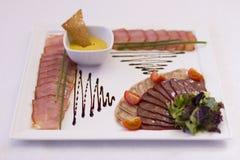 Plato de la carne para un banquete Foto de archivo