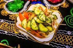 Plato de la ensalada del Uzbek fotografía de archivo