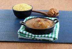 Plato de Moong Dal Halwa Indian Vegetarian Sweet fotografía de archivo