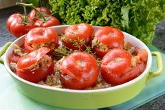Plato de tomates rellenos Fotos de archivo