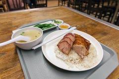 Plato del arroz del pato de carne asada y del cerdo de la barbacoa Imagen de archivo