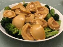 Plato del chino tradicional del olmo con los vegatables imagen de archivo libre de regalías