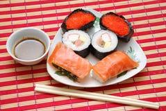Plato del sushi fotografía de archivo